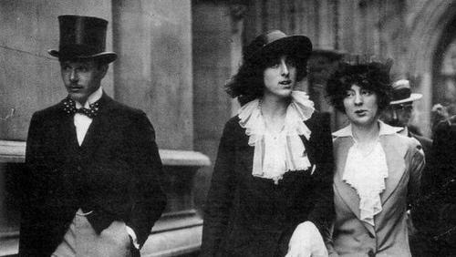 Vita Sackville-West with her husband Harold Nicolson and her first love Rosamund Grosvenor.